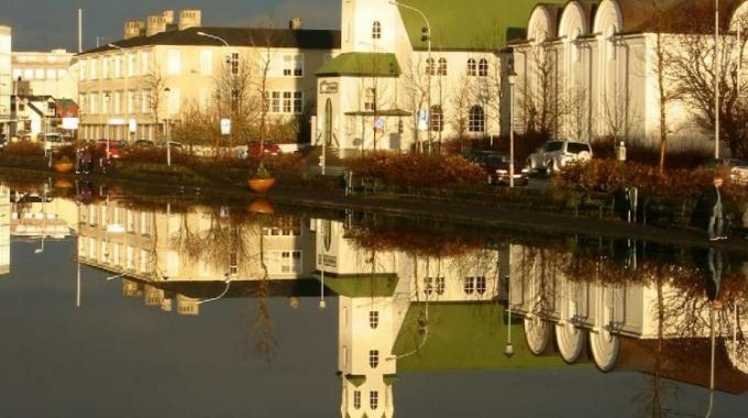 Guðsþjónusta sunnudaginn 20. október kl. 14